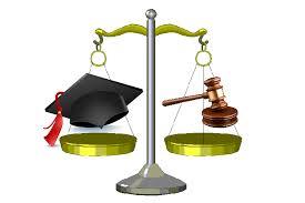 Vietato il diritto di critica per gli avvocati