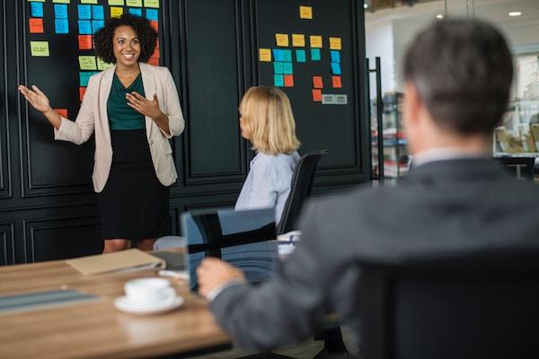 Differenza tra contratto di consulenza e contratto di agenzia