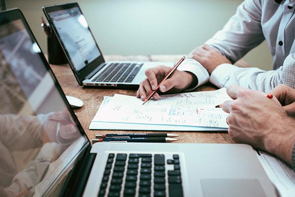 Dati obbligatori sito web: i dati aziendali da inserire per ditte individuali, SPA o SRL