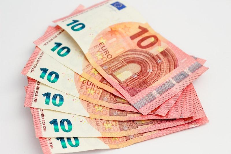 Coronavirus economia e misure per imprese e partite IVA